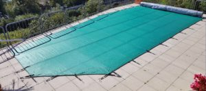 Protection piscine bâche